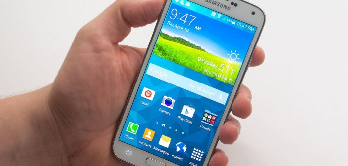 Samsung Galaxy S5 Android L Preview